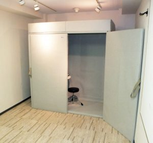 HQP1870-booth-set-800x746
